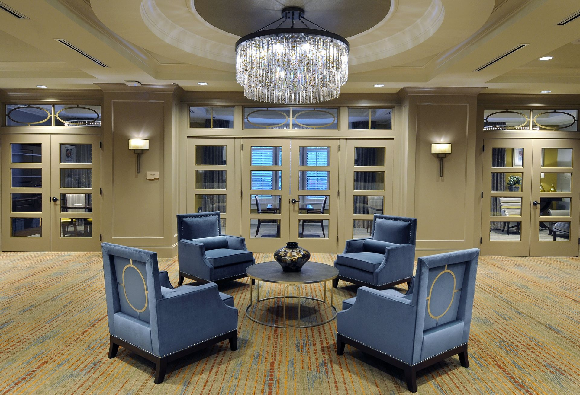 Berman Commons | Assisted Living And Memory Care Design THW Lobby