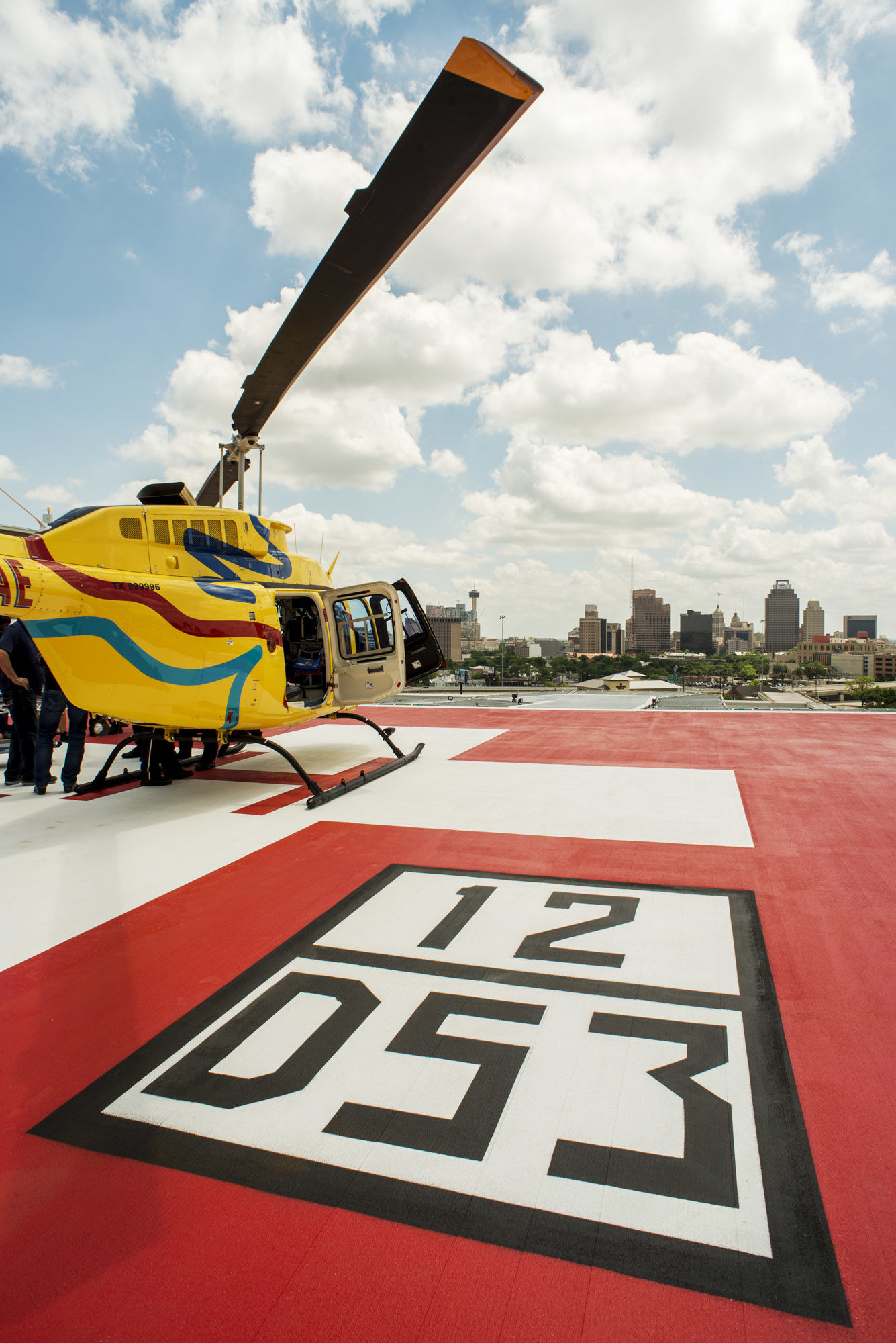 Emergency Services Helipad MMH San Antonio, THW Design