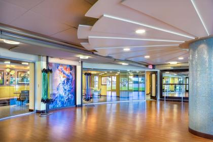 Plymouth Harbor Ballroom THW Design Senior Living