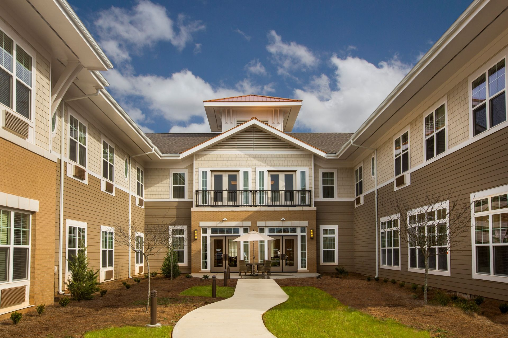 Greer Memory Care Design THW Exterior Courtyard