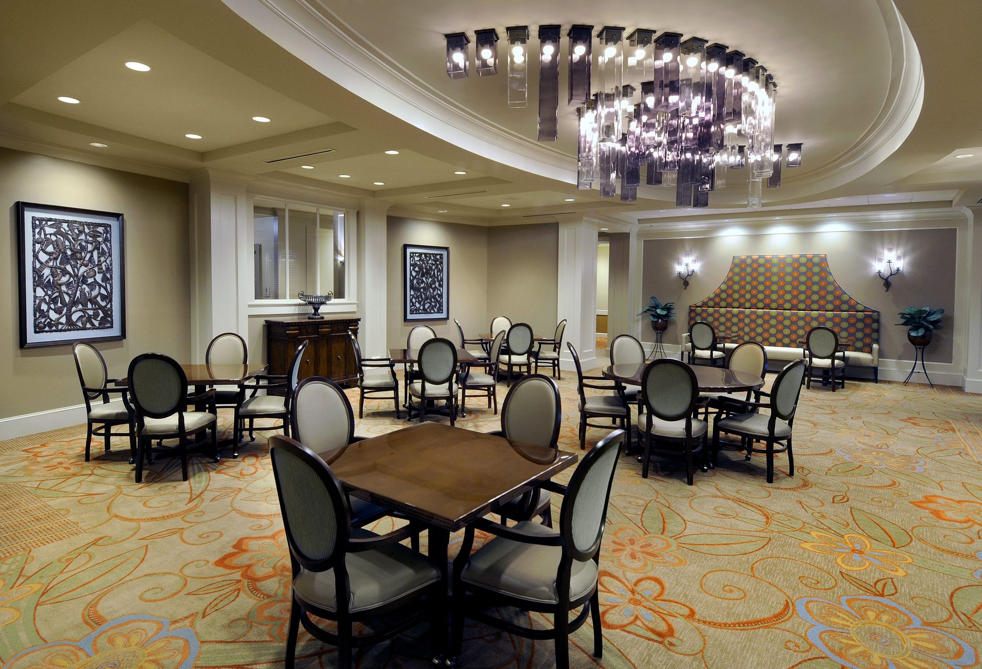 Memory Care Dining Room THW Design Senior Living Berman Commons