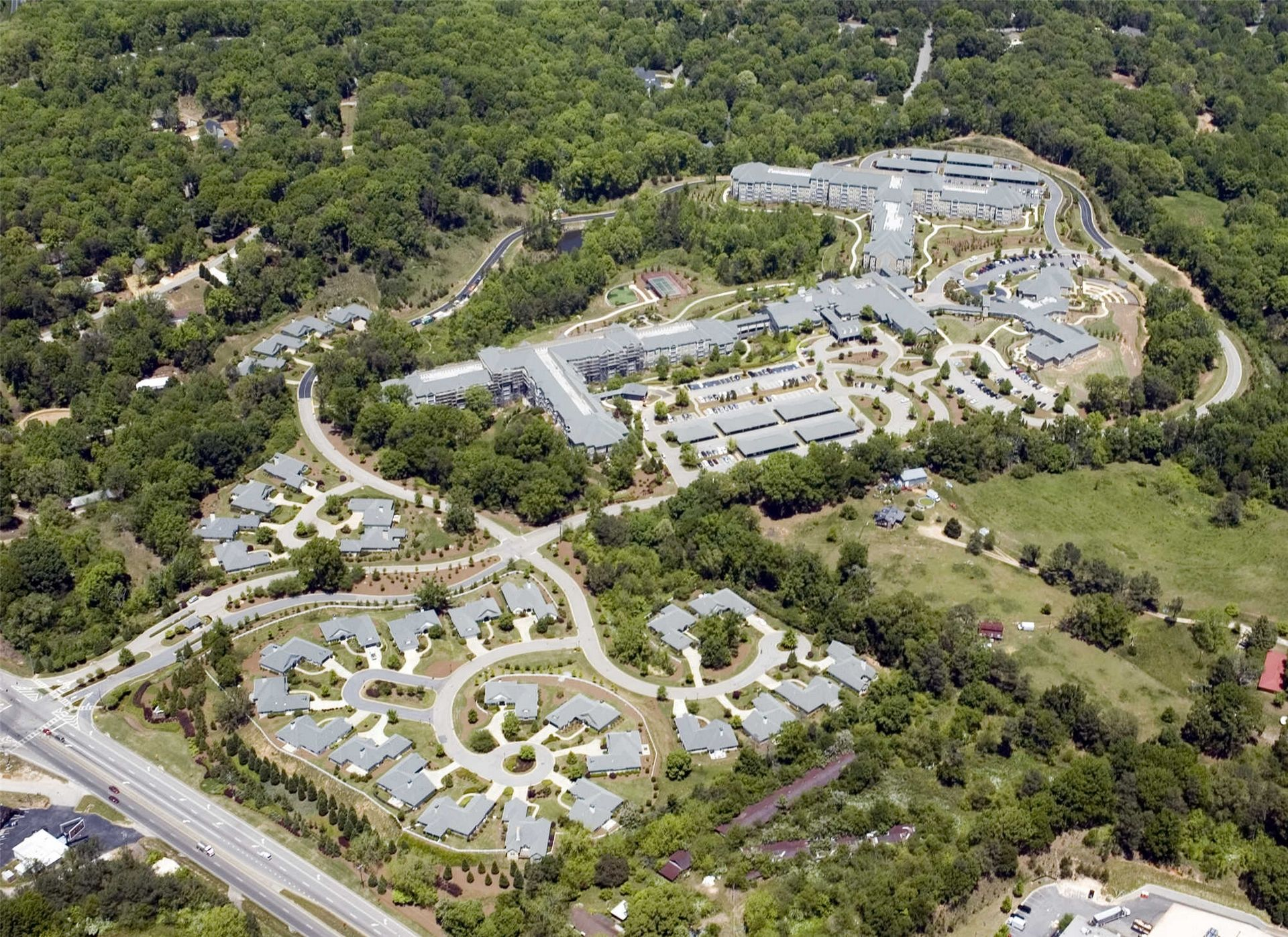 Lanier Village Estates, Gainesville, GA | Continuing Care Retirement Community Senior Living Design THW aerial